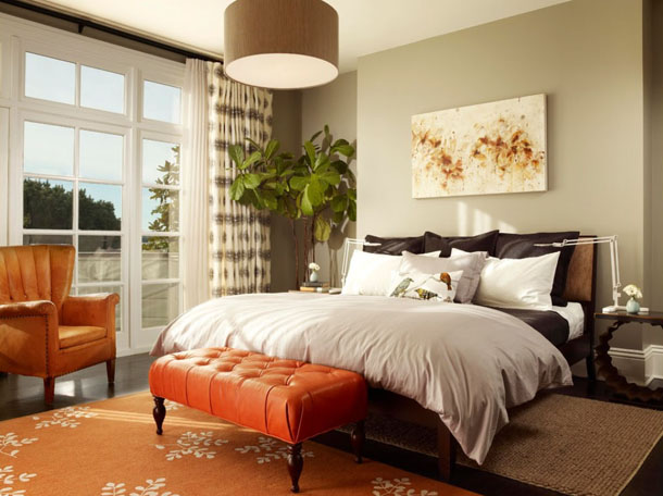 bedroom design with burnt orange accents