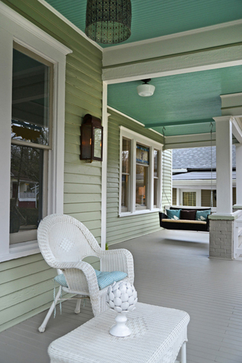 porch with gray-green siding and blue-green ceiling, queen anne bungalow porch