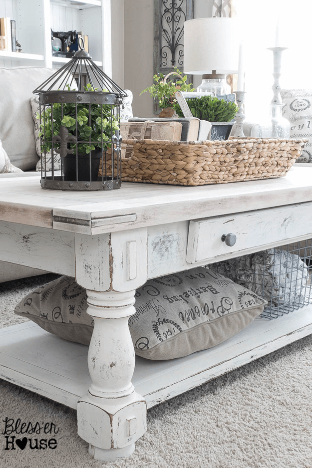 white lime finished coffee table diy