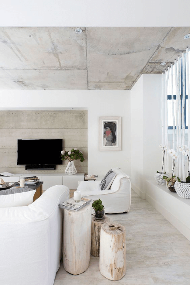 white living room with pantone hazelnut accents