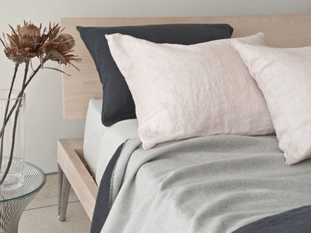 pale pink linen pillowcases