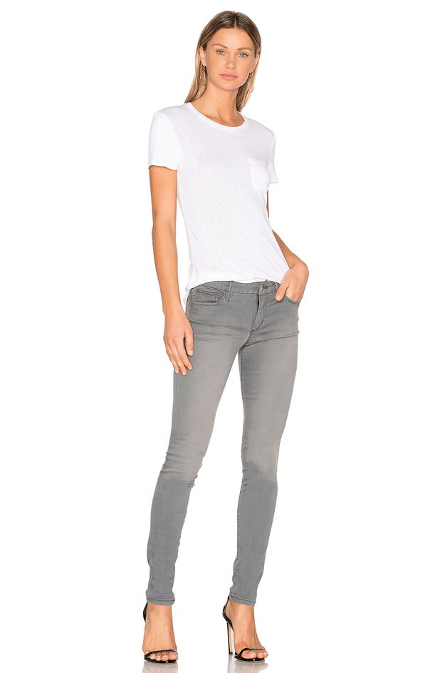 faded grey skinny jeans with white tshirt