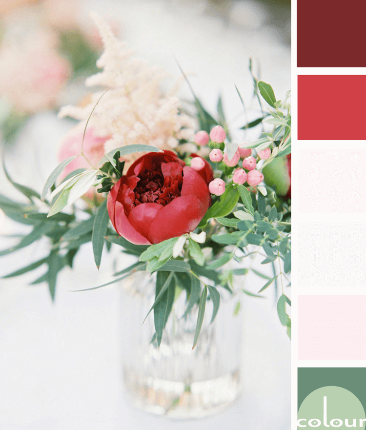 red flowers, pink and red, red and green, ivory, floral arrangements, clear glass vases, mint green, sage green, light pink, burgundy, dark red, faded red, warm white, pantone spiced apple